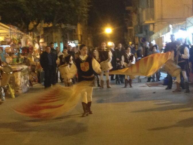 Aragona: Successo per la terza edizione della prima fiaccolata dell'amicizia dei Cortei Storici di Sicilia