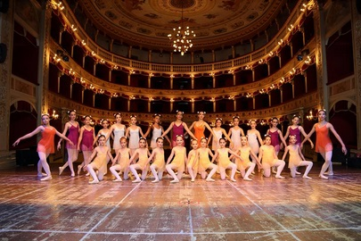 """Domenica 25 giugno, alle ore 20 e 30 al Teatro Pirandello di Agrigento, si svolgerà """"Invito alla Danza 2017"""""""