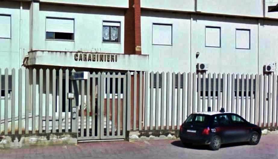 Castrofilippo: Scoperta dai Carabinieri un officina meccanica abusiva.