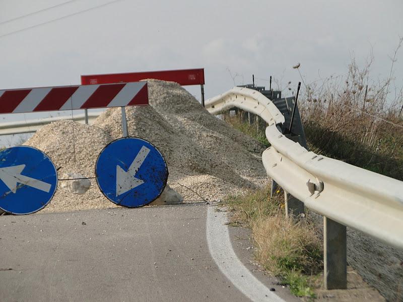 Provvisoriamente chiusa per frana la SS124 a Itala Marina