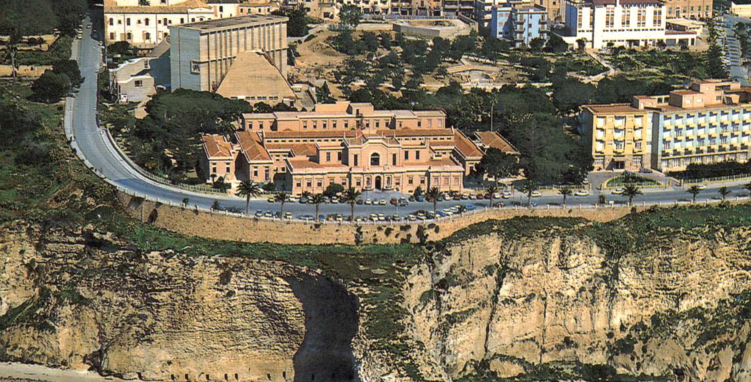 Sciacca: Cerimonia di scopertura targa di intitolazione strada al medico Orazio Capurro