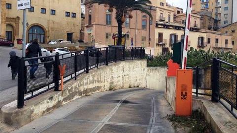 Presentata presso l'ufficio di presidenza, a firma del consigliere Gibilaro, una interrogazione sull'affidamento della terrazza del parcheggio pluriplano di via Empedocle.