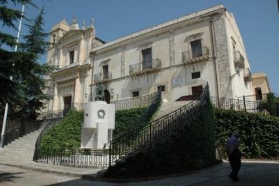 """Cento volti noti di Palermo contro l'intolleranza, a Comitini la mostra fotografica """"Rispetto"""""""