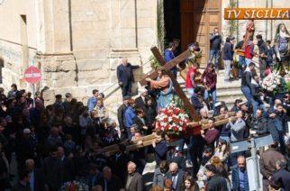 Venerdì Santo – Processione e Crocifissione