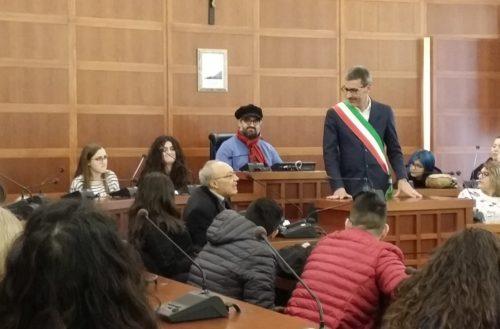 Canicattì: Visita studenti Erasmus al Sindaco della Città.