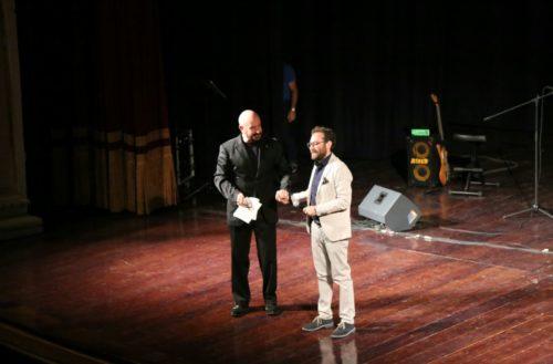 Mario Incudine è Mimì, lo spettacolo su Modugno al Teatro Pirandello