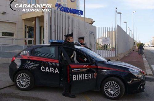 Licata:Tenta un aggressione e viene sorpreso dai Carabinieri con una pistola clandestina.