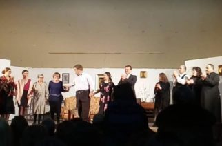 Siculiana: Applauditissima la commedia, E accussì sia, di Giuseppina Mira