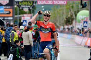 Mohoric ha vinto la Tappa 10 del Giro d'Italia, Yates ancora in Maglia Rosa