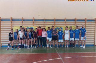 """All'Istituto Tecnologico Brunelleschi hanno svolto un Progetto Pon intitolato """"Volley"""" con inclusione """"La scuola aggrega socializza e lotta con il disagio""""."""