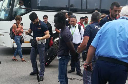 Paura a Milano per alcuni agrigentini sul bus per la Sicilia (Video)