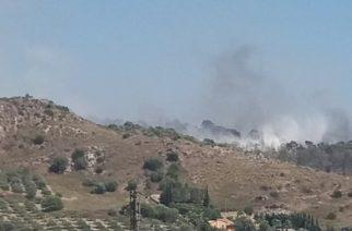 Chiuso per incendio un tratto della SS640, Agrigento-Caltanissetta. Brucia la Rupe Atenea